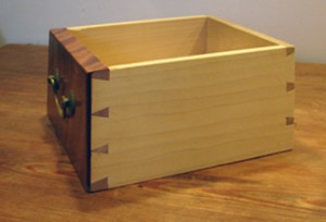 Step up for joinery in my live online Dovetail Blitz class.