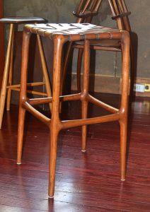Make your copy of the 1929 Wharton Esherick stool.